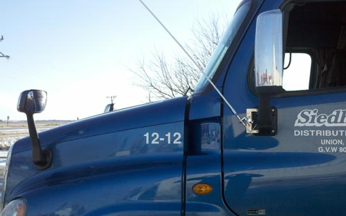 Cascadia Semi Truck CB Antenna Mount Right Channel Radios