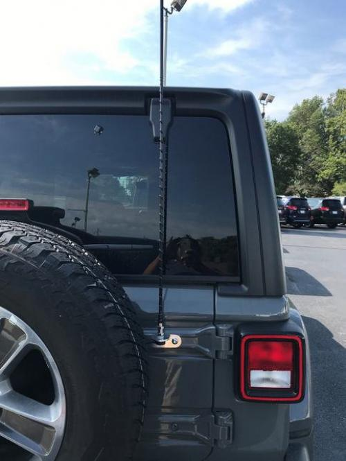 2018+ Jeep JL Rear Door Antenna Kit